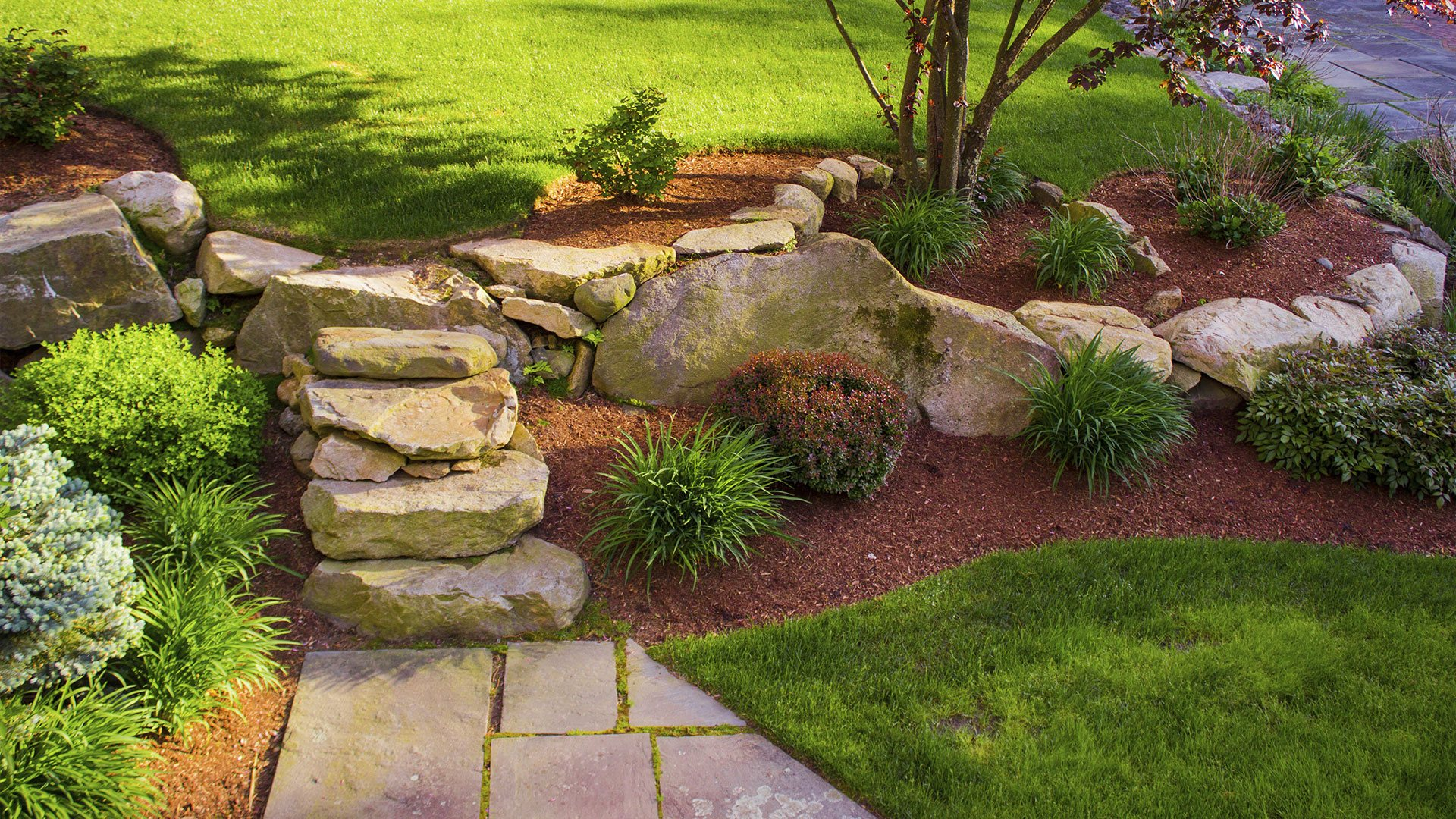 Lake Erie Shores Contracting Commercial Landscaping, Residential Landscaping and Hardscaping slide 3